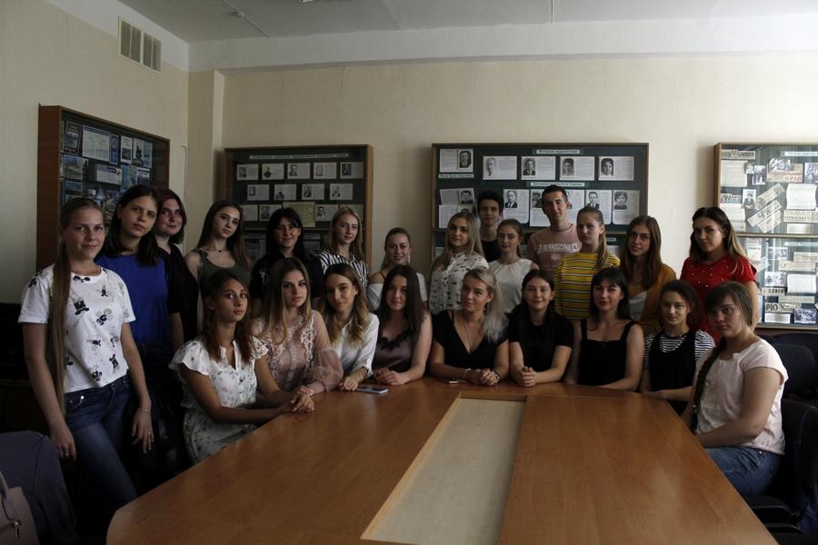 IПершокурсники видавці та медіаменеджери познайомилися зі старшими студентами