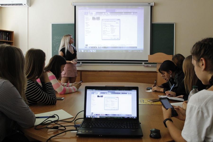 IМайстер-клас із фотографування відвідали першокурсники ННІ УФСК