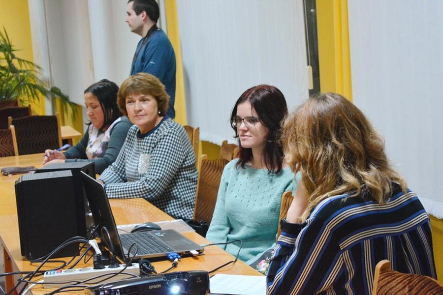 I«Етер, міт, Атени»: викладачі та студенти ННІ УФСК започаткували мовний проєкт (ВІДЕО)